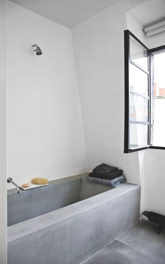 16-make-not-only-the-floor-but-also-the-bathtub-itself-of-concrete.jpg