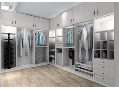 Phụ kiện tủ quần áo nào thực sự cần thiết cho tủ áo?
