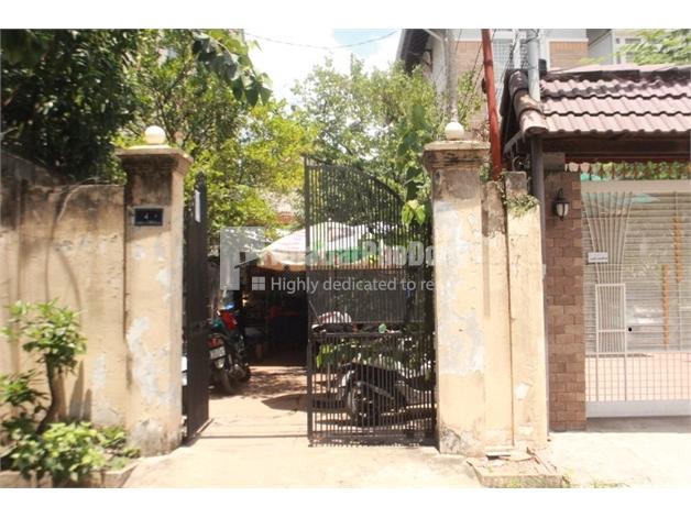 Bán nhà phố cấp 4 đường Trần Não Quận 2.   1