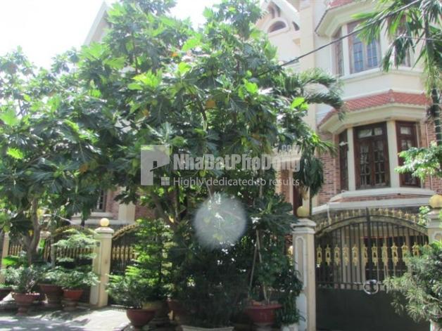 Bán biệt thự song lập đường Nguyễn Văn Kỉnh Quận 2 | 1
