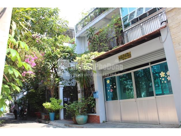 Bán nhà phố phường Bình An, Quận 2.   1