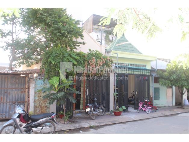 Bán nhà phố đường 297 phường Phước Long B, Quận 9. | 2