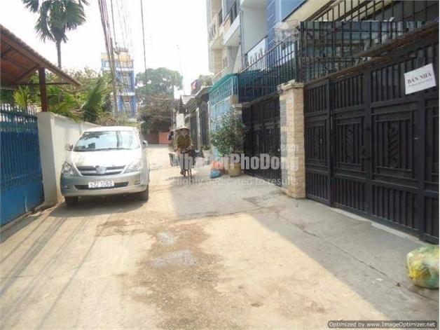 Bán nhà phố đường Lê Văn Thịnh Quận 2 | 1