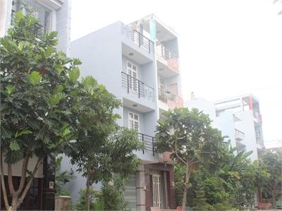 Bán nhà phố 80m2 gần vòng xoay Phú Hữu phường Bình Trưng Đông, Quận 2.