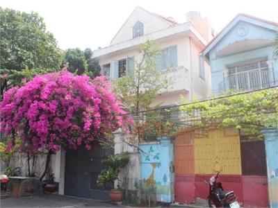 Bán biệt thự 213 m2 đường số 3 phường Bình An, Quận 2.
