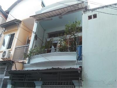 Bán nhà phố 61.2m2 gần ký túc xá giao thông vận tải, phường Bình An