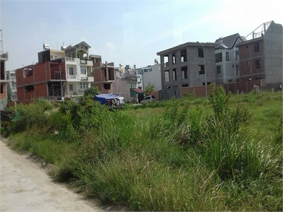 Bán lô đất 85m2 phường bình an gần chi cục thuế quận 2.