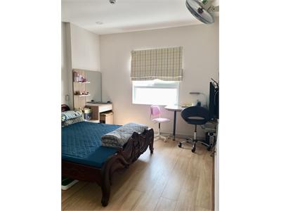Bán căn hộ chung cư Bộ Công An Block B 72m2 tầng trung đầy đủ nội thất