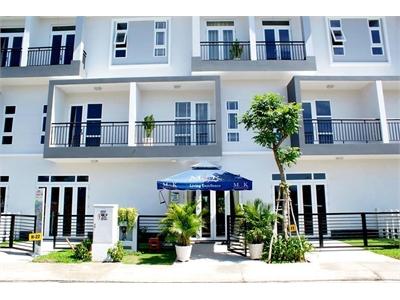 Cho thuê căn hộ dịch vụ 150m2 khu biệt thự Park Riverside yên tĩnh.