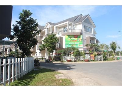 Park Riverside Villa for rent in District 9 next to Saigon High Tech Park