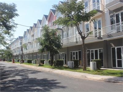 Cho thuê lầu trệt nhà phố Park Riverside Premium hoàn thiện nội thất tiện làm văn phòng