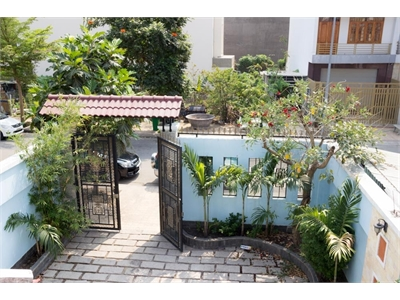 Cho thuê biệt thự khu Khang Điền DT 270m2 nhà mới xây xong giá cực tốt