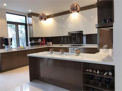 Cho thuê biệt thự Lucasta Khang Điền 350m2 đầy đủ nội thất giá cực tốt