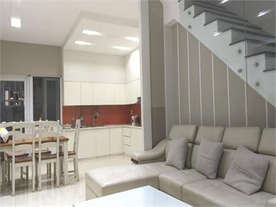 Bán nhà phố Melosa Khang Điền 1 trệt 2 lầu 80m2 nội thất cao cấp, sổ hồng riêng