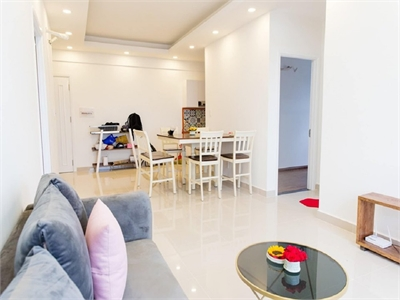 Cho thuê căn hộ 9View 3 phòng ngủ lầu 10 full nội thất giá 13.5 triệu