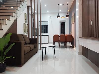 Bán nhà phố Park Riverside Dãy D 83m2 nội thất cao cấp giá cực tốt 5.8 tỷ sổ hồng riêng