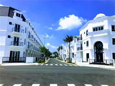 Độc quyền phân phối nhiều nhà phố liền kề Sim City quận 9