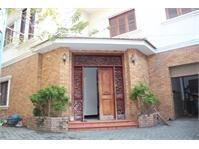 Bán biệt thự cao cấp biệt lập giá tốt tại quận Bình Thanh