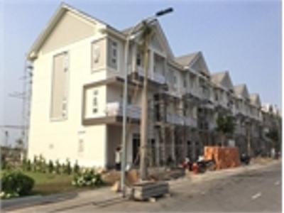 Bán nhà phố  đường Bưng Ông Thoàn, phường Phú Hữu, Quận 9.