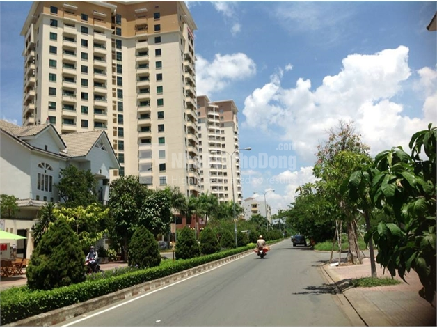 High Floor An Cu Apartment for Rent in District 2 | 1